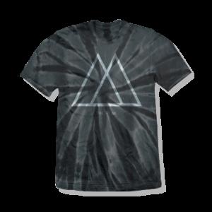 black-t-shirt-peak